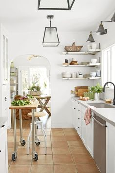 Unique Kitchen islands with Seating. Unique Kitchen islands with Seating. 21 Unique Kitchen island Ideas for Every Space and Bud Narrow Kitchen Island, Kitchen Center Island, Portable Kitchen Island, Modern Kitchen Island, Kitchen Island With Seating, Big Kitchen, Kitchen Decor, Kitchen Islands, Island Table