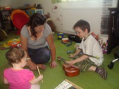 Podczas pracy z podopiecznym Kids Rugs, Home Decor, Decoration Home, Kid Friendly Rugs, Room Decor, Interior Decorating
