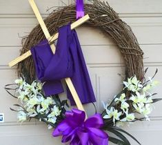 DIY Projects For Home Decorating: Easter Wreath.