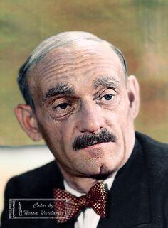 """Ludwik Sempoliński - polski aktor, reżyser, tancerz i pedagog. Podczas II wojny światowej, po wykonaniu parodystycznej piosenki """"Wąsik, ach ten wąsik"""" musiał ukrywać się przed hitlerowcami."""