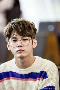 Wanna-One - Ong Seongwoo Kpop, Cho Chang, Ong Seung Woo, All Meme, Ha Sungwoon, Kim Jaehwan, Produce 101, Ji Sung, Seong