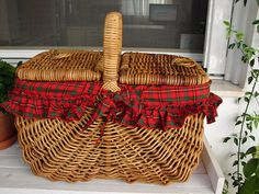 Huge,vintage wicker picnic basket-opens on both sides-fully removable tartan lining, - shabbyfrenchstyle Wicker Picnic Basket, Wicker Baskets, Wicker Furniture, Paper Plates, Tartan, Xmas, Natural Hair, Pregnancy, Tables