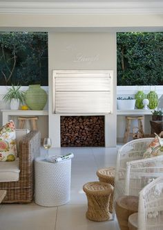 Beauty and braai areas are not a natural combination but this lovely veranda, designed by Leigh Went of Belong Interiors in Durban, gets the balance between practicality and decor just right Barbacoa, Outdoor Spaces, Outdoor Living, Built In Braai, Brick Bbq, Covered Back Patio, Enclosed Patio, Backyard Patio, New Homes