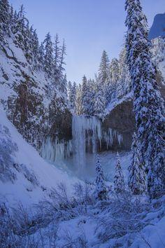 Snowshoe to Tamanawas Falls, Oregon