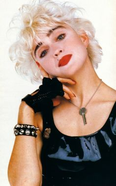 Madonna by Herb Ritts Lady Madonna, Madonna 80s, Marilyn Monroe, Divas Pop, Best Female Artists, 80s Trends, Madonna Photos, Richard Gere, Pop Singers