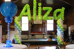 Balloon Arches & Columns - Name in Balloons Sculpture with Balloon Columns