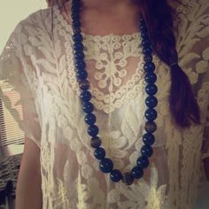 V I N T A G E  necklace Chunky navy blue necklace with bronze accent beads. Compliments a pretty floral or lace top! Jewelry Necklaces