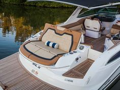 2014 Sea Ray 350 SLX | Sea Ray Boats and Yachts