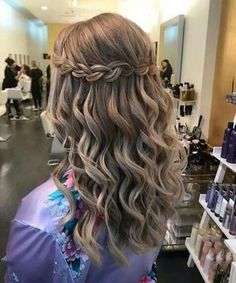 Ideal waterfall braided hairstyles 2019 that are just gorgeous - Ð . Ideal waterfall braided hairstyles 2019 that are simply beautiful – Идеи причесок – Quince Hairstyles, Braided Hairstyles For Wedding, Easy Hairstyles, Gorgeous Hairstyles, Wedding Braids, Hairstyles For Dances, Semi Formal Hairstyles, Junior Bridesmaid Hairstyles, Hair Wedding