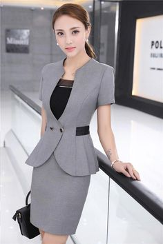 New spring and summer traditional OL classic short sleeve professional skirt suit suits work Work Dresses For Women, Suits For Women, Clothes For Women, Blazers For Women, Blazer Fashion, Suit Fashion, Fashion Outfits, Suits And Sneakers, Skirt Suit Set