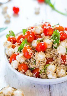 Tomato, Mozzarella Basil Quinoa Salad (GF) - Trying to keep meals healthier lighter? Make this easy, refreshing satisfying salad! Vegetarian Recipes, Cooking Recipes, Healthy Recipes, Kale Recipes, Delicious Recipes, Cooking Tips, Cold Quinoa Salad, Quinoa Salad Recipes Cold, Quinoa Bowl