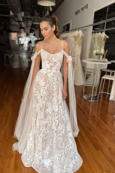 Beauty - Lilly is Love Simple Wedding Gowns, Long Sleeve Wedding, Wedding Dress Sleeves, Dream Wedding Dresses, Bridal Dresses, Wedding Ideas, Estilo Rachel Green, Lace Bridal, Berta Bridal