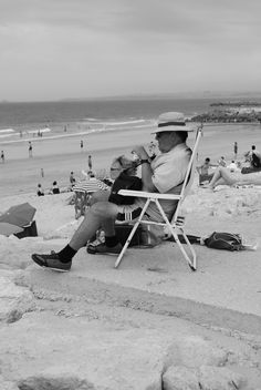 Classy outfit for a beach day in Caparica. Portugal.