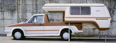 Volkswagen Pickup: With Slide In Camper Slide In Camper, Camper Caravan, Truck Camper, Camper Trailers, Vw Caddy Mk1, Volkswagen Caddy, Toyota Chinook, Pick Up, Camper Tops