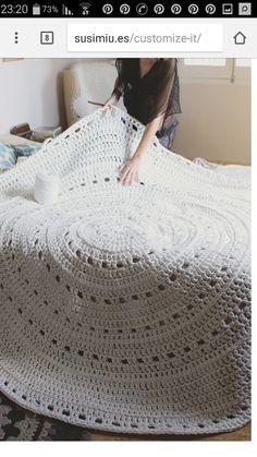 Crochet Beanies - Knitting pattern with fishnet tracks - Crochet Carpet, Crochet Home, Love Crochet, Crochet Motif, Knit Crochet, Crochet Patterns, Crochet Cats, Crochet Birds, Crochet Animals