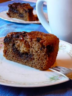 The Daily Dietribe: Gluten-Free Chocolate Chip Coffee Cake (Vegan, Refined Sugar-Free)