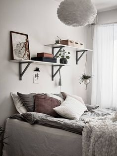 Interior And Exterior, Interior Design, Changing Room, Attic Rooms, Future House, Sweet Home, Gallery Wall, Sleep, Indoor