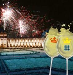 IL GALÀ DI FERRAGOSTO Domenica 14 agosto  Una serata speciale per celebrare, nella stupenda cornice della Reggia, l'arrivo del Ferragosto con cocktail, dj set e spettacolo dei fuochi d'artificio al Gran Parterre.