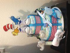 #DrSeuss #diapercake #babyshower