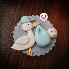 161 vind-ik-leuks, 2 opmerkingen - 🍪🧁کوییکی کاپ کیک🧁🍪 (@quickycupcake) op Instagram: 'عشق پسرارو تگ کنید👶🏻💙🍼 #کاپ_کیک #کاپ_کیک_شکلاتی #کاپ_کیک_نوزادی #سیسمونی_نوزاد #کاپ_کیک_نوزادی…' Baby Shower Cupcakes, Christmas Ornaments, Holiday Decor, Instagram, Home Decor, Decoration Home, Room Decor, Christmas Jewelry, Christmas Decorations