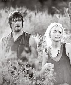 """Daryl Dixon & Beth Greene """"Inmates"""" ~ I could see Daryl going for Beth. We need more romance on The Walking Dead! Walking Dead Zombies, Walking Dead Season 4, The Walking Dead 2, Daryl Beth, Talking To The Dead, Emily Kinney, Dead To Me, Stuff And Thangs, Rick Grimes"""