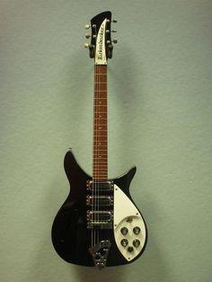 Rickenbacker 325