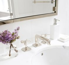 how to master the perfect white marble bathroom