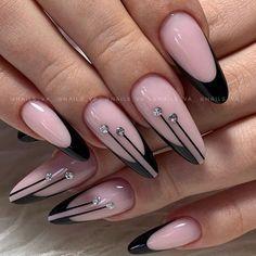 Chic Nails, Glam Nails, Stylish Nails, Nail Manicure, Trendy Nails, New Nail Art Design, Nagellack Design, Nail Art Designs Videos, Bling Acrylic Nails