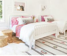 Amber Interiors created the sweetest little girl's bedroom that will grow with her. The mostly white design and pink accents give the space an overall sophisticated feel with youthful touches. Cozy Bedroom, Teen Bedroom, Bedroom Decor, Bedroom Ideas, Bedroom Inspiration, Morning Inspiration, Wedding Inspiration, Design Inspiration, Design Ideas