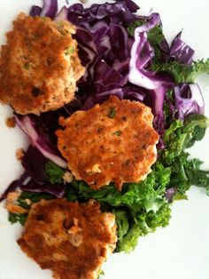 """Paleo Salmon Cakes 4P, 4F & 1C. Add 5"""" baked sweet potato (1C) and 1C of fruit for 4 block meal."""