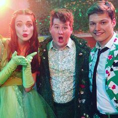 Smaragdgrün - Charlotte (Laura Berlin), Gordon (Chris Tall) & Raphael (Lion Wasczyk)   Behind the scenes