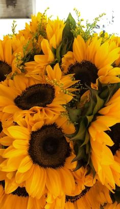 sunflower, flowers, and yellow image Sunflower Quotes, Sunflower Pictures, Sunflower Iphone Wallpaper, Rose Wallpaper, My Flower, Flower Power, Sunflowers And Roses, Growing Sunflowers, Sunflower Photography