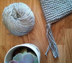 Bonnet de bébé lutin   Oui Are Makers Baby Hats Knitting, Free Knitting, Knitted Hats, Crochet Hats, Baby Toys, Screen Printing, Free Pattern, Matilda, Aurora