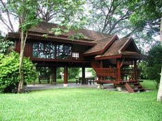 Foxbee - Home Decoration Modern Tropical House, Tropical House Design, Tropical Houses, Bamboo House Design, Wooden House Design, Thai House, Rest House, House In The Woods, Bali Style Home
