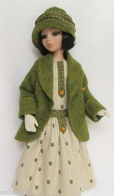 OOAK, Lady Amber Anticipates Autumn 1920s for Ellowyne , by ssdesigns | eBay. Sold 8/4/13 $72