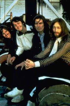 The Beatles in 1969 in what turned out to be their last photo session together: From left are Ringo Starr, Paul McCartney, George Harrison and John Lennon. Foto Beatles, Beatles Love, Les Beatles, Beatles Photos, Beatles Bible, Beatles Guitar, Beatles Art, Sean Lennon, Ringo Starr