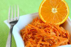 Deze wortelsalade zet je in een handomdraai op tafel. De sinaasappel geeft het een verrassende frisse twist! Las Vegas, Vegan Dishes, Love Food, Vegan Recipes, Vegan Food, Carrots, Lunch, Vegetables, Ethnic Recipes