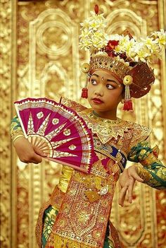Legong Dancer by Dana Edmunds - Printscapes Balinese Dancer::Bali, Indonesia We Are The World, People Around The World, Beautiful Children, Beautiful People, Beauty Around The World, Cultural Diversity, Fantasy Costumes, Tribal Fusion, Just Dance
