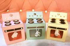 FREE cupcake box template & tutorial