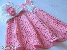 Mary Helen and crochet trico Crafts: bebe Dresses Crochet Toddler, Baby Girl Crochet, Crochet Baby Clothes, Crochet For Kids, Baby Dress Patterns, Baby Knitting Patterns, Vestidos Bebe Crochet, Baby Pullover, Baby Sweaters