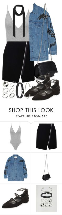 """""""Untitled #2259"""" by mariie00h ❤ liked on Polyvore featuring Boohoo, Julien David, Givenchy, Stuart Weitzman and ASOS"""