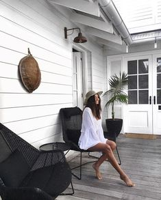 Summer vibes in our Atrium, the perfect spot to take a break. Beach Cottage Style, Beach Cottage Decor, Beach Cottage Exterior, Atrium, White Beach Houses, Weatherboard House, Hamptons House, Hamptons Beach Houses, Luxury Accommodation