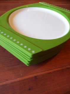 FREE SHIPPING  Plastic Plates/Camping by OldSteamerTrunkJunk