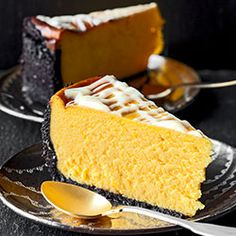 Image in Food 🍰 collection by Cassandre on We Heart It Best Cheesecake, Pumpkin Cheesecake, Cheesecake Recipes, Fall Desserts, No Bake Desserts, Dessert Recipes, Pumpkin Spice Waffles, Oreo Crust, Pumpkin Butter