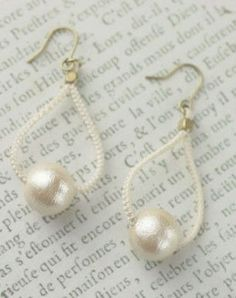 cottonpearl pierece Tatting Earrings, Tatting Jewelry, Bead Earrings, Beaded Jewelry, Crochet Earrings, Needle Tatting, Tatting Lace, Crochet Accessories, Jewelry Accessories