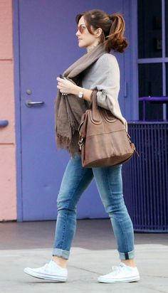 Minka Kelly, started the female low-top converse trend! The sexiest lady