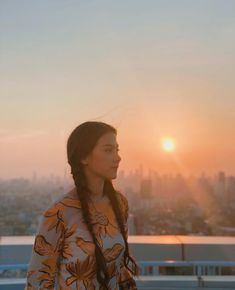 baifernbah Baifern Pimchanok Ulzzang Girl, Amazing Nature, Girl Crushes, Wire Jewelry, My Idol, Asian Girl, Mario, Actresses, Sunset