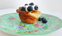 Pannkaksmuffins Use sugarfree powdered substitute, with vanilla arom instead of vanilla powder. for breakfast. Wine Recipes, Cooking Recipes, Lollipop Candy, Zeina, Forbidden Fruit, Candy Cookies, Pancakes And Waffles, Food For Thought, Finger Foods