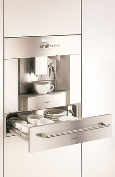 *swoon*  Gaggenau coffee machine with a warming drawer, for your coffee cups.