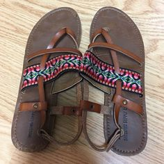 Tribal Sandals Barely worn. Like brand new tribal thong strappy sandal. Buckle on side. Mossimo Supply Co. Shoes Sandals